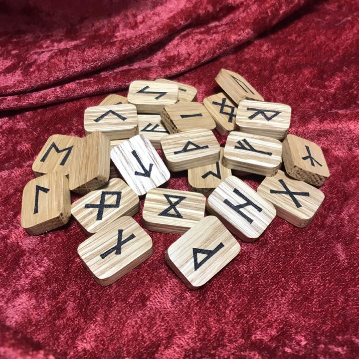 White oake rune set